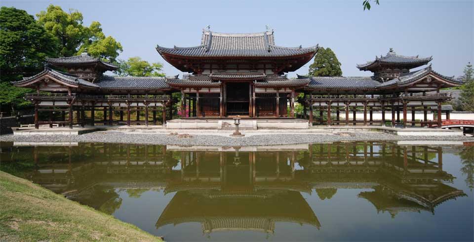 Photo of Hoo-do hall of Byodo-in, Kyoto, Japan